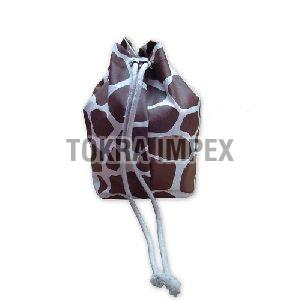 Giraffe Print Canvas Drawstring Bag