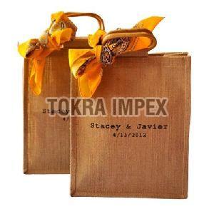 Wooden Oval Shape Cane Handle Jute Wedding Bag