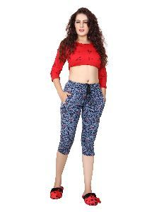 Ladies Printed Capri