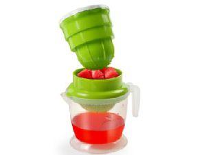 Plastic Fruit Juicer