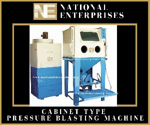 Cabinet Pressure Type Sand Blasting Machine