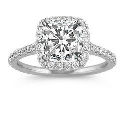 Cushion Cut Diamonds Ring