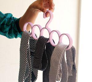 Plastic Ring Hanger