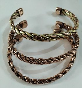 Magnetic Twisted Wire Bracelets