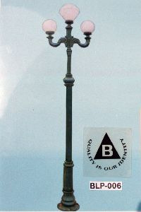 Cast Iron Garden Light Pole