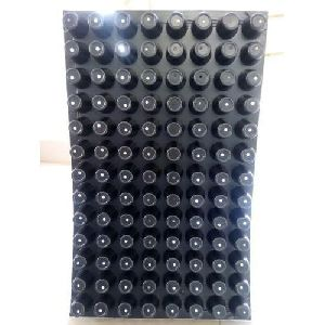 104 Cavity Round Cell Seedling Trays