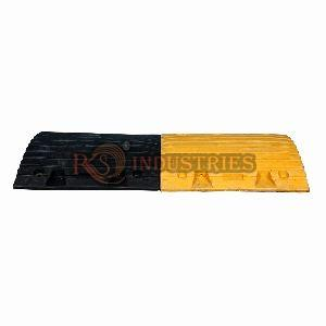 500 x 425 x 75 mm Rubber Safety Speed Breakers