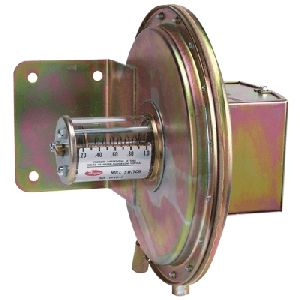 1640 Floating Contact Null Switch