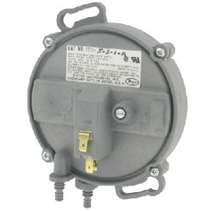 1700 Low Differential Pressure Designed Switch