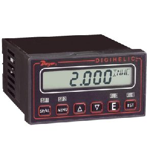 DH Digihelic Differential Pressure Controller