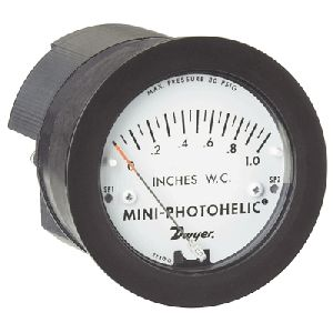 MP Mini-Photohelic Differential Pressure Switch