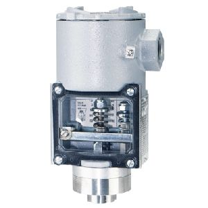 Series SA1100 Diaphragm Operated Pressure Switch