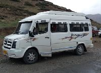 14 Seater Tempo Traveller Rental Service