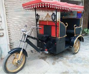 Victoria E Rickshaw