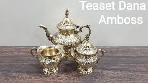Brass Dana Amboss Tea Set