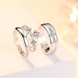 Ladies Artificial Rings