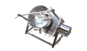 Tilted Sweet Making Machine
