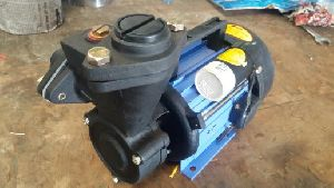 Little Master Self Priming Monoblock Pump