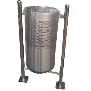 Stainless Steel Single Floor Mounted Dustbin