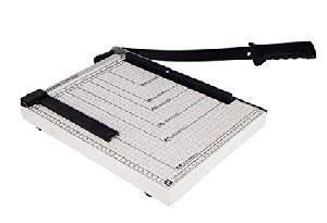 Manual Paper Cutter Machine