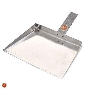 Iron Dustpan