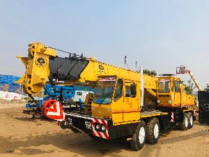 35 Ton Grove TMS 300LP Telescopic Crane