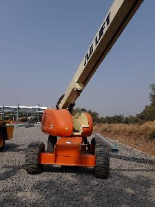 60 Feet JLG 600S Boom Lift
