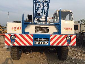 90 Ton P&H 790TC Truck Lattice Crane
