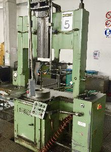25 TON BROACHING MACHINE, VARINELLI - BVP 25 / 1600