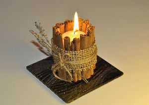 Cinnamon Scented Candle
