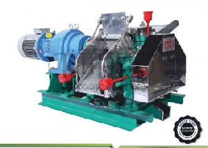 Total Heavy Sugarcane crusher with stainless steel roller for jaggery plant