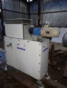 20 kg/hr Coconut Milk Extractor Machine