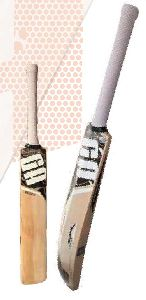 GA Storm English Willow Cricket Bat