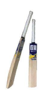 Musketeer Kashmir Willow Cricket Bat