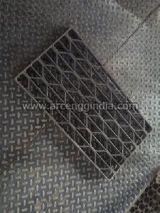 Honeycomb Zigzag Mild Steel Gratings