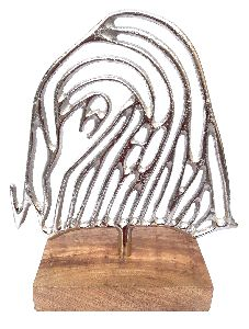 Fingerprint Wire Object with Wooden Base