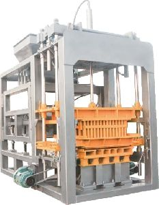 BW 8004 Block Machine