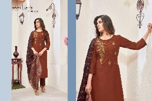 SEVEN THREADS LAUNCHED ZURI ELEGANT HANDWORK WITH CLASSIC EMBROIDERY KURTIS AND BOTTOMS WHOLESALE DE