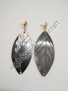 Leaf Shape Horn Earrings