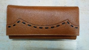 Ladies Button Lock Wallet