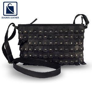 15-0451 Preppy Sling Bag