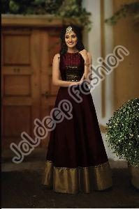 Meenaz Gown