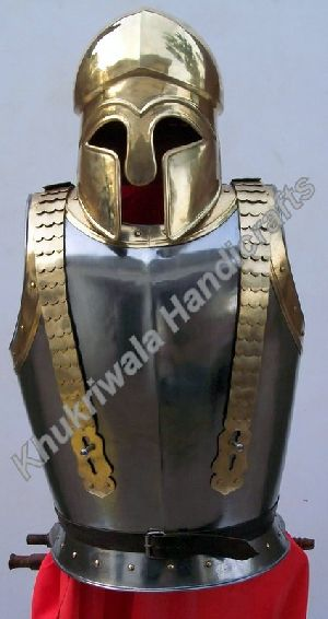J04 Armour With Greek Helmet