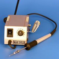 MAX 550 Soldering Station