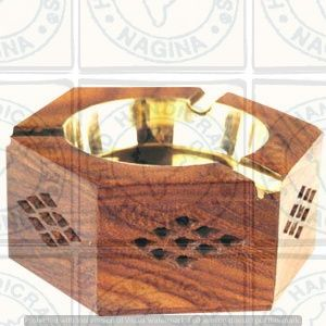 HHC135 Wooden Ashtray