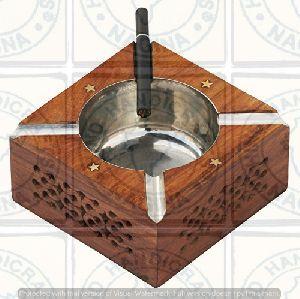 HHC137 Wooden Ashtray