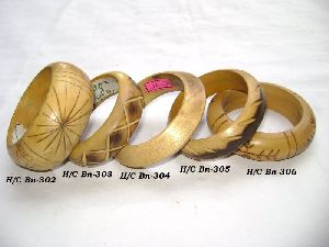 HHC140 Designer Wooden Bangle