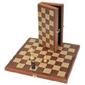 HHC156 Wooden Chess Board