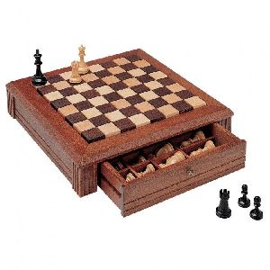 HHC159 Wooden Chess Board