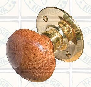 HHC186 Wooden Door Knob